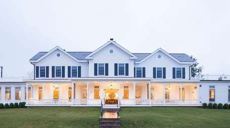 The Quogue Club in the historic Hallock Mansion