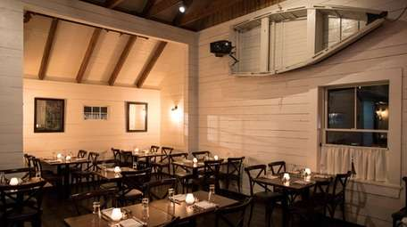 The dining room at Cove Hollow Tavern in