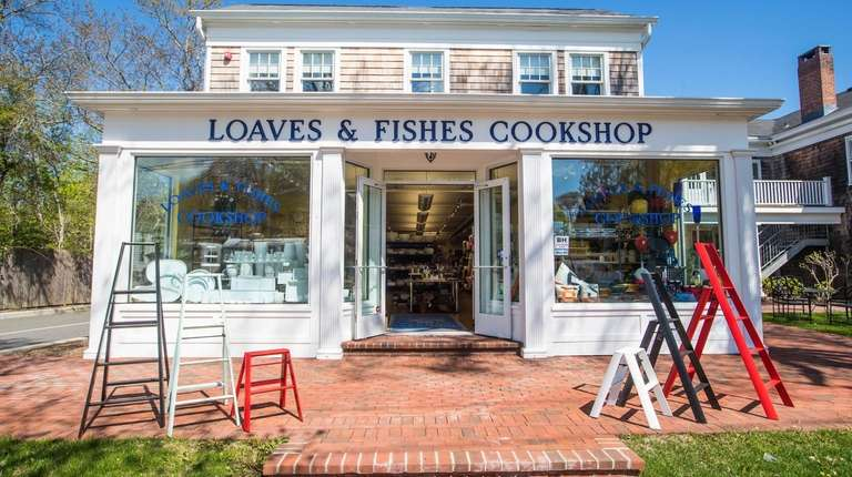 Loaves and Fishes Cookshop, attached to the Bridgehampton