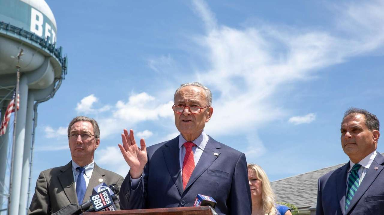 Sen. Chuck Schumer visited the Bethpage Water District