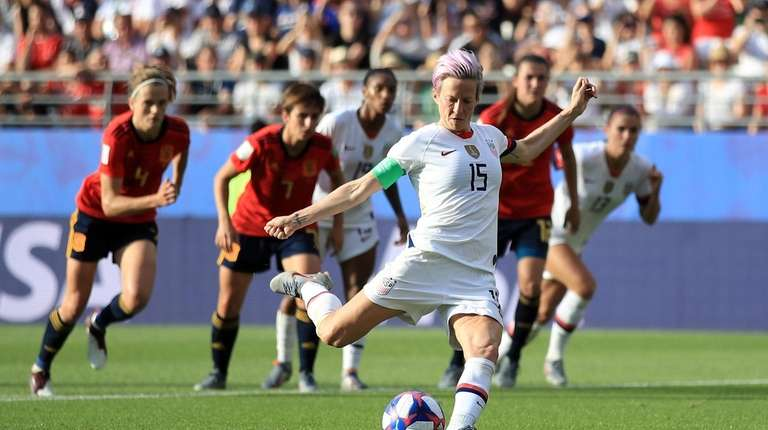 REIMS, FRANCE - JUNE 24: Megan Rapinoe of