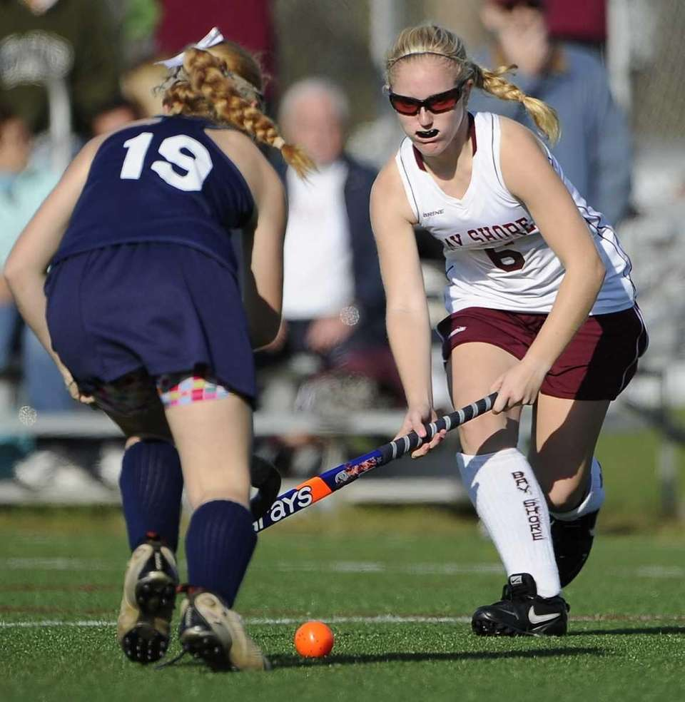 Bay Shore's Jacqueline Ulrich moves the ball against