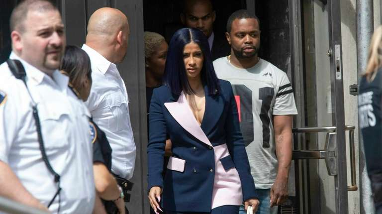 Grammy-winning rapper Cardi B leaves Queens County Criminal