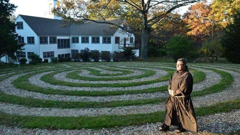 Long Island Labyrinths guide | Newsday on garden maze designs, sun garden designs, no maintenance garden designs, annual flower garden designs, cottage flower garden designs, amazing garden designs, simple garden designs, drought tolerant garden designs, front garden designs, unique garden designs, terrace garden designs, english rose garden designs, meditation garden designs, school garden designs, partial shade garden designs, white flower garden designs, new mexico garden designs, witch garden designs, home garden designs, minecraft garden designs,