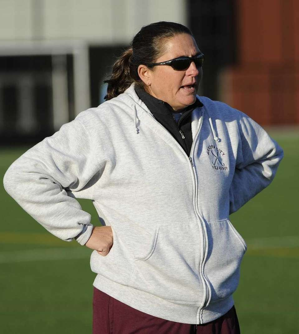 Garden City head coach Diane Champman watches her
