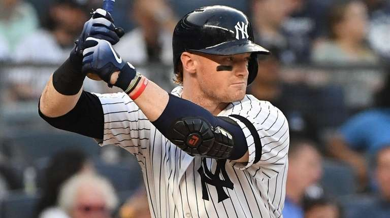 Yankees outfielder Clint Frazier looks for his pitch