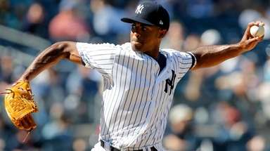 Stephen Tarpley of the Yankees pitches against the