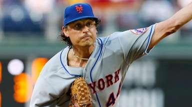 Jason Vargas of the Mets delivers a pitch