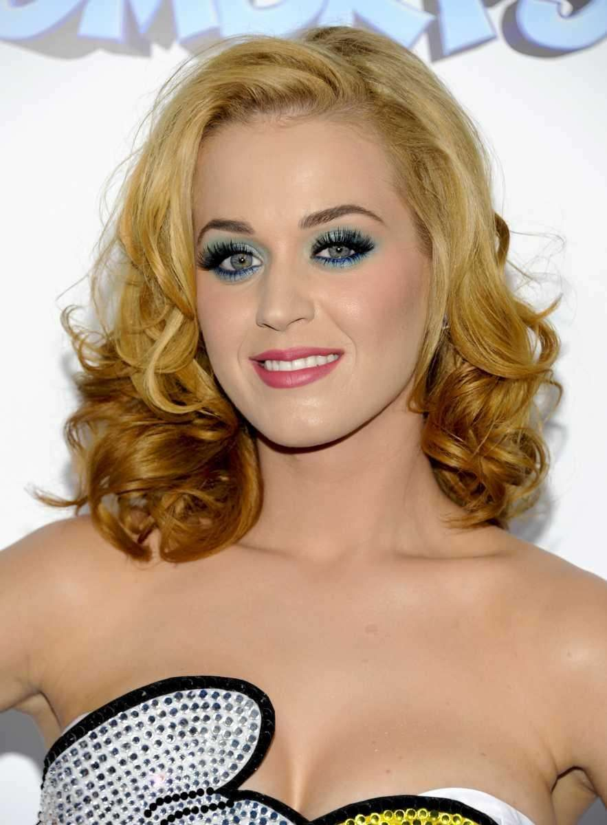 Stage name: Katy Perry Birth name: Katheryn Elizabeth