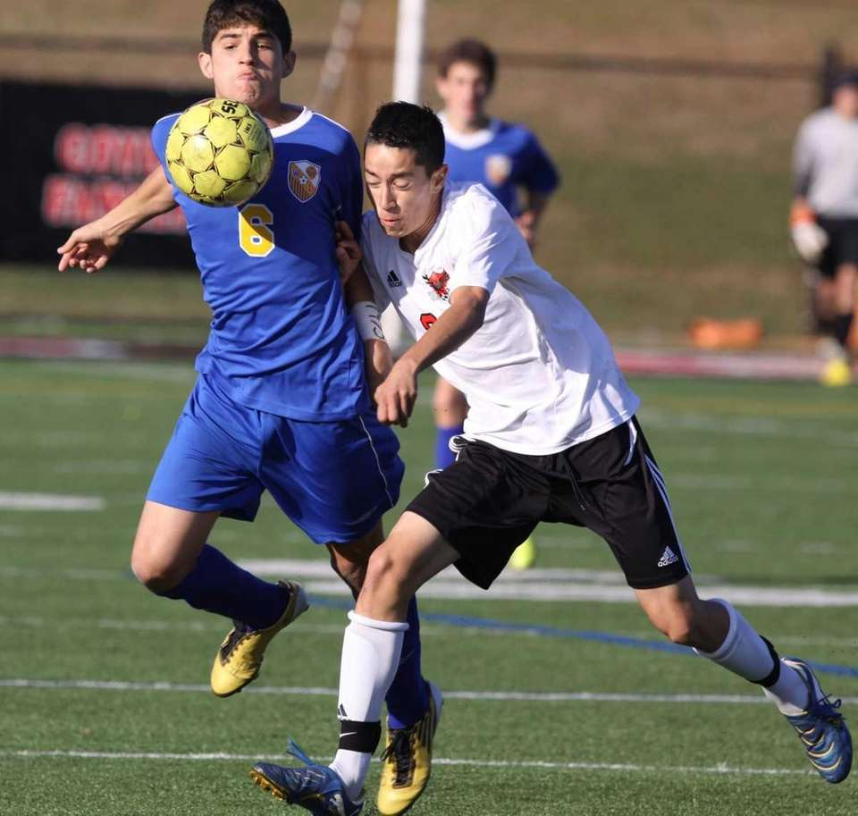 West Islip's Nino Alfonso, left, and Half Hollow