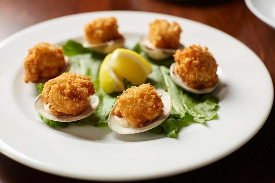 Panko-lemon-crusted fried littleneck clams at Pearl in Island