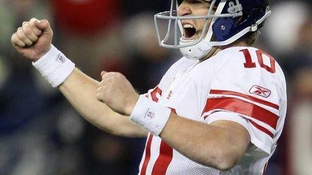 Giants quarterback Eli Manning celebrates after the game-winning