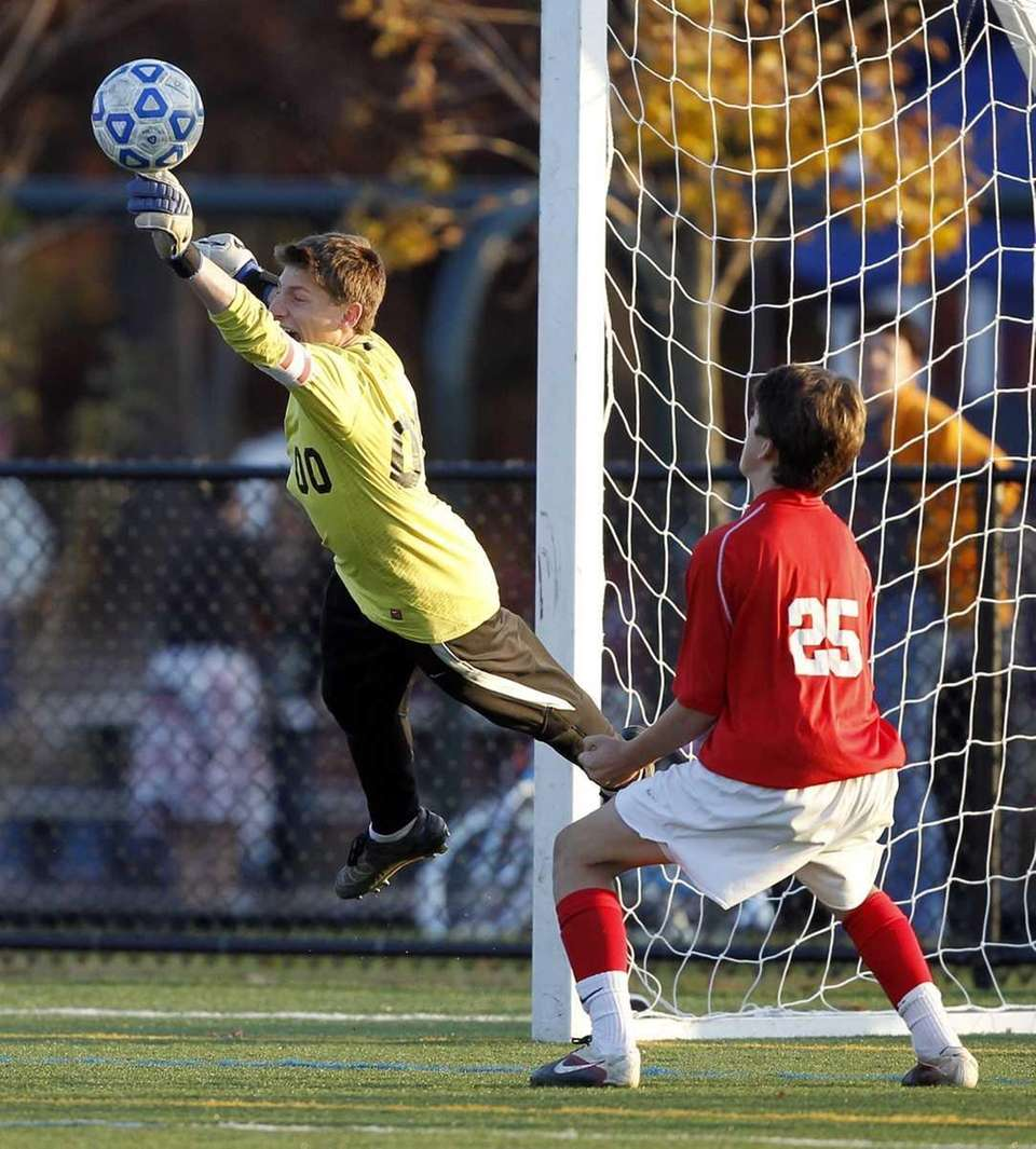 Friends' keeper Eli Rousso with the flying save