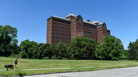 The Kings Park Psychiatric Center has been closed