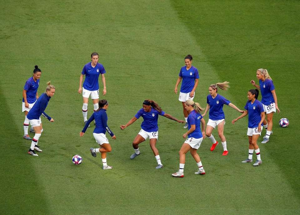 United States players warm up before the Women's