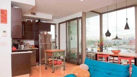 Designer Samantha Peet shows off her apartment in