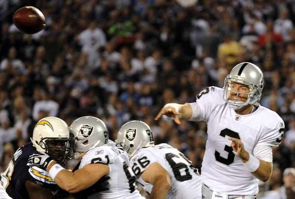 Quarterback Carson Palmer #3 of the Oakland Raiders