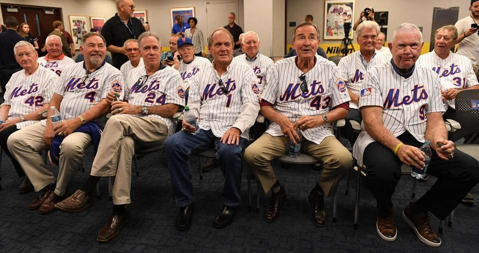 Members of the New York Mets 1969 World