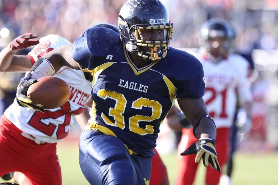 West Babylon's Reggie Robinson runs for a touchdown