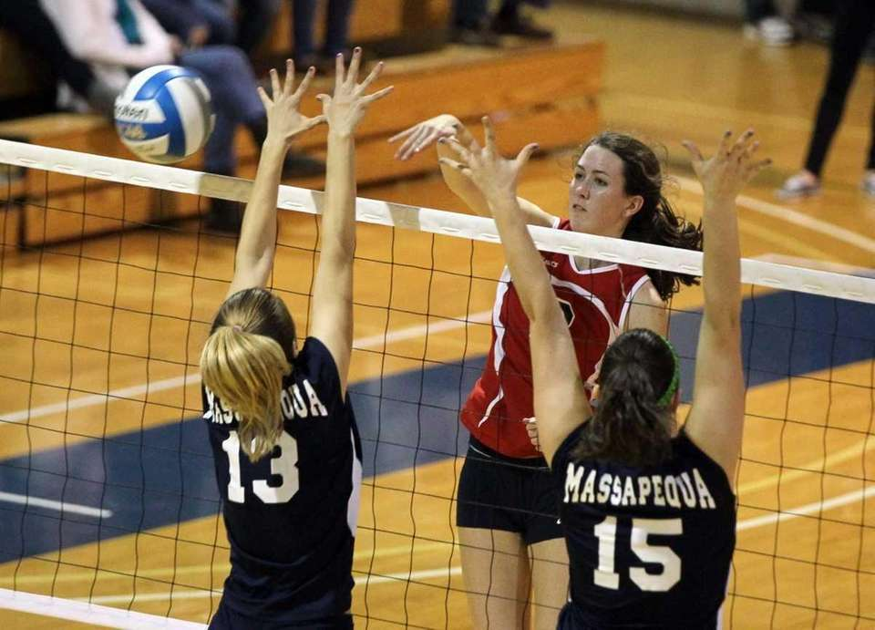 Delia Phillips #2 of Smithtown East drives a