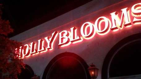 Molly Bloom's in Smithtown has reopened (Nov. 11,