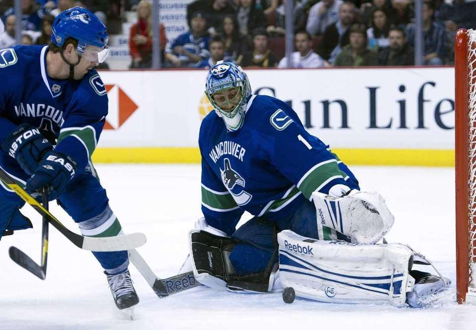 Goalie Roberto Luongo #1 of the Vancouver Canucks