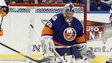 Evgeni Nabokov #20 of the New York Islanders