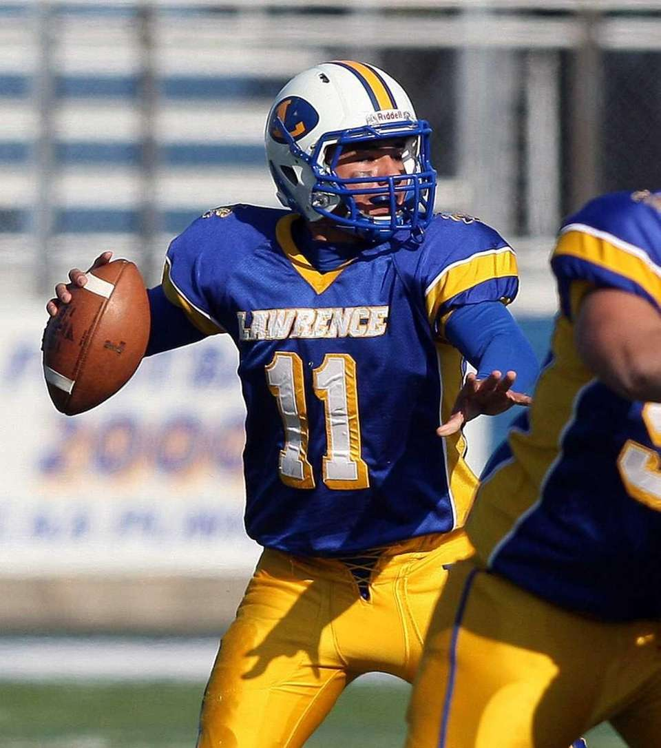 TOUCHDOWN PASSES: 7 Joe Capobianco, Lawrence, 2011