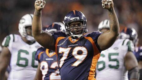 Denver Broncos nose tackle Marcus Thomas (79) reacts