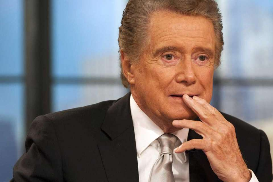 Regis Philbin appears on his farewell episode of