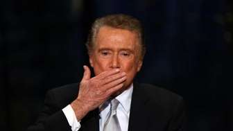 Regis Philbin bids the audience farewell at his