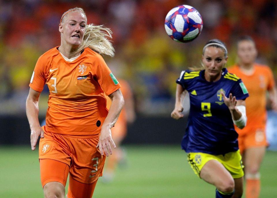Netherlands' Stefanie Van Der Gragt, chases after the