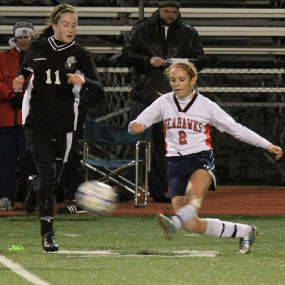 Cold Spring Harbor's #2 Chelsea Tuohy kicks the