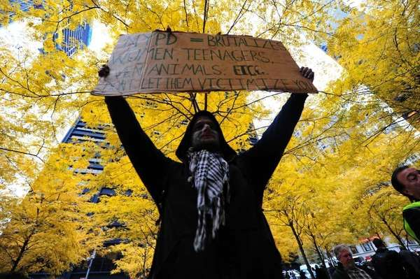 Demonstrators returned to Zuccotti park one day after