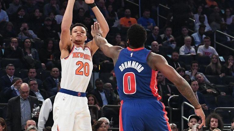 Knicks forward Kevin Knox shoots over Detroit Pistons