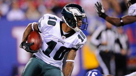 DeSean Jackson of the Philadelphia Eaglers returns a