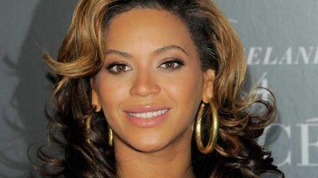 Singer Beyoncé hosts the screening of
