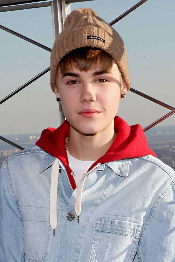 Justin Bieber poses on the observation deck at