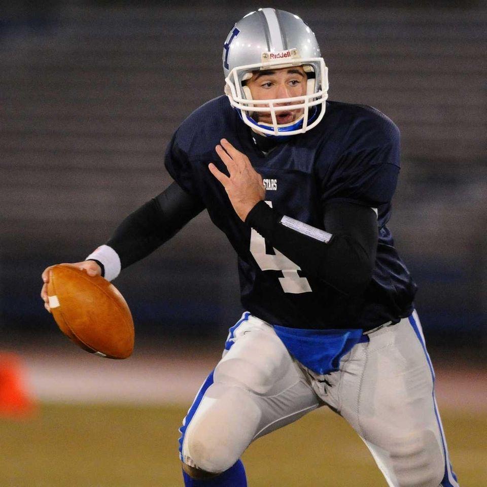 Conferences II-III blue team quarterback #4 Tom Graef,