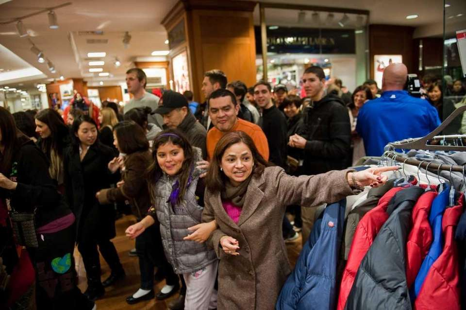 A woman races into the Macy's inside Roosevelt