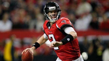 Matt Ryan #2 of the Atlanta Falcons rolls