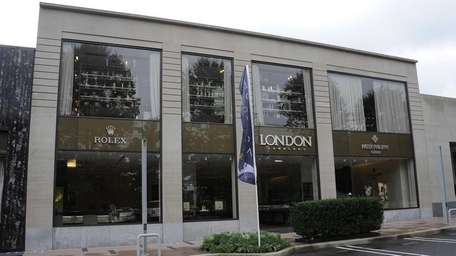 London Jewelers on The Americana in Manhasset offers