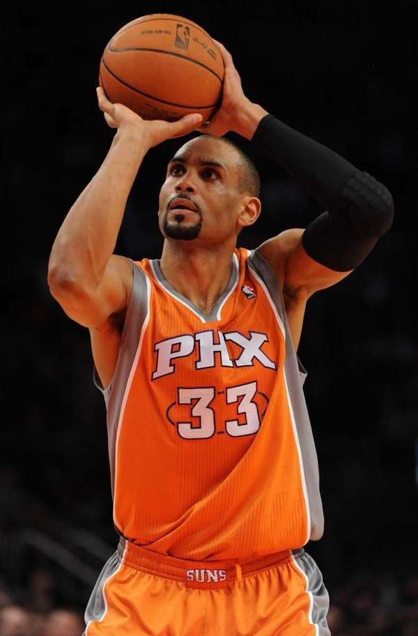 Phoenix Suns forward Grant Hill (33) takes a
