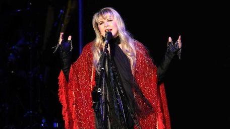 Stevie Nicks will play the Nikon at Jones
