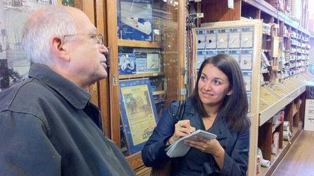 Newsday.com community journalist Erin Geismar interviews Paul Weber,