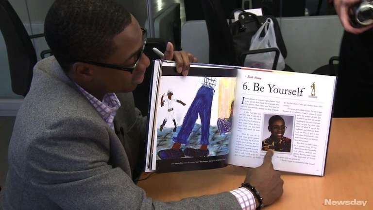 Curtis Granderson reads his book,