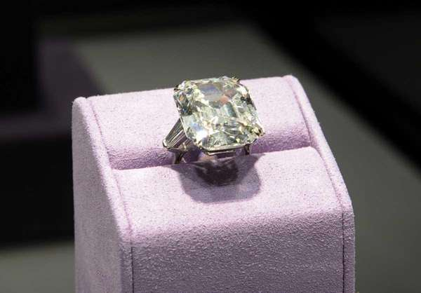 The Elizabeth Taylor diamond owned by US actress