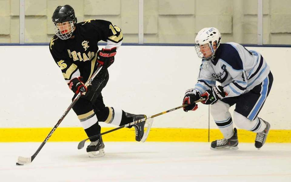 St. Anthony's High School #15 Brent Diorio, left,