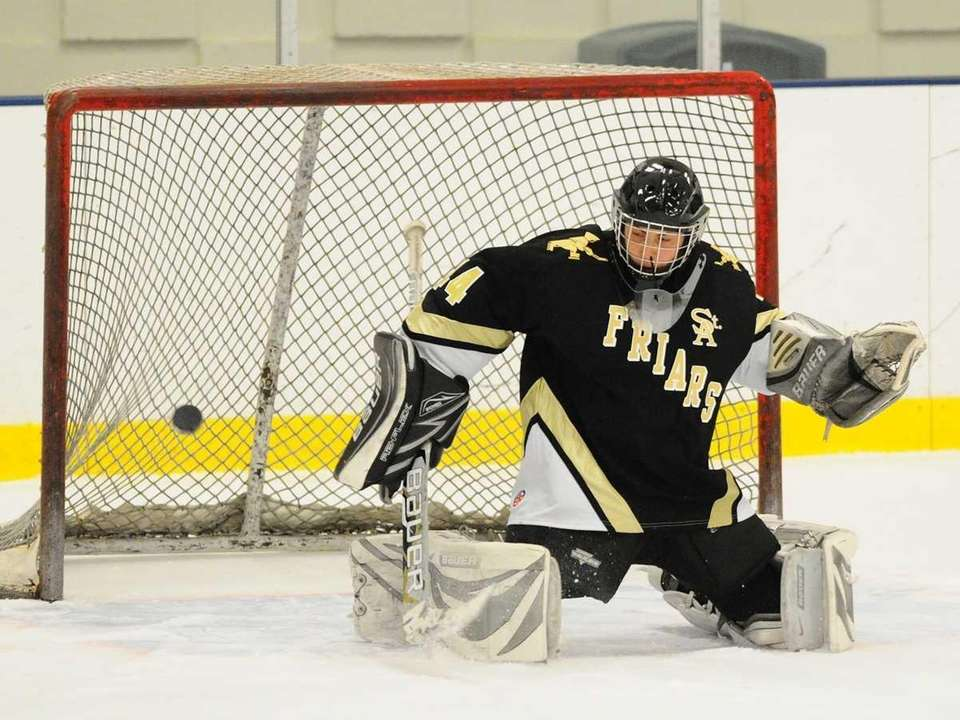 St. Anthony's High School goalie #44 Ralph Dispigna