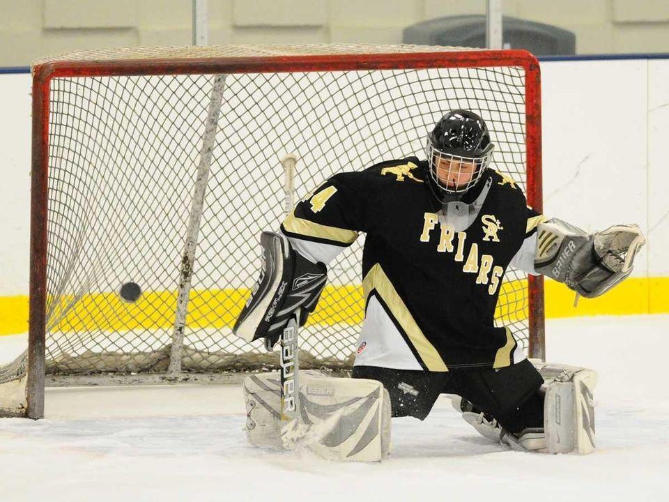 St. Anthony's High School goalie #44 Ralph Dispigna